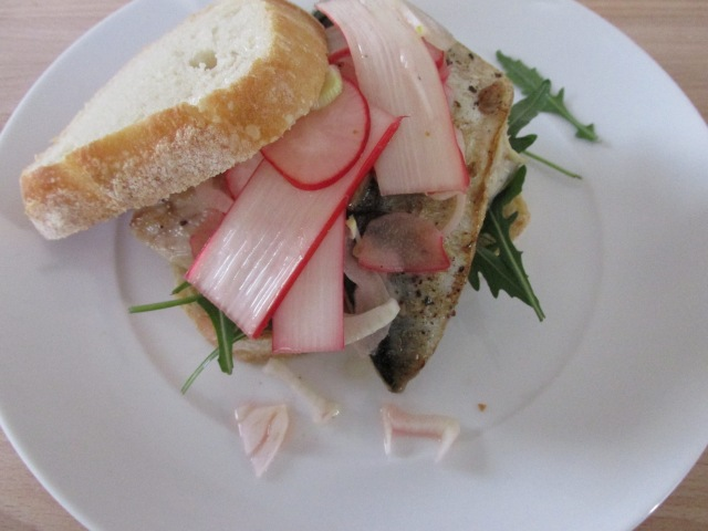 Pan-fried mackerel sandwich with rhubarb coleslaw